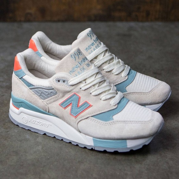 3cd04f8adb NWOT New Balance Women's 998, Sea Salt/Storm Blue
